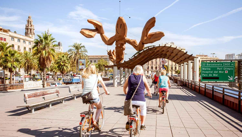 biking barcelona barceloneta crab